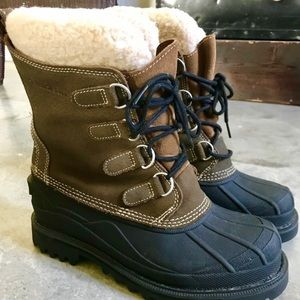 LL Bean Fur-Lined Winter Boot - size 8/8.5 *NWOT*